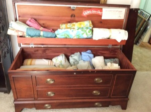 Circa 40s or 50s with bottom drawer. Perfect condition.