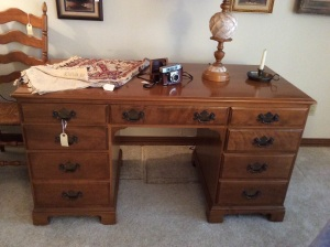 Pristine Ethan Allen Desk. There are shelves on the other side!