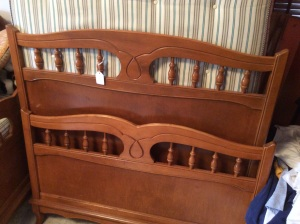 Twin bed set. We have two of these!